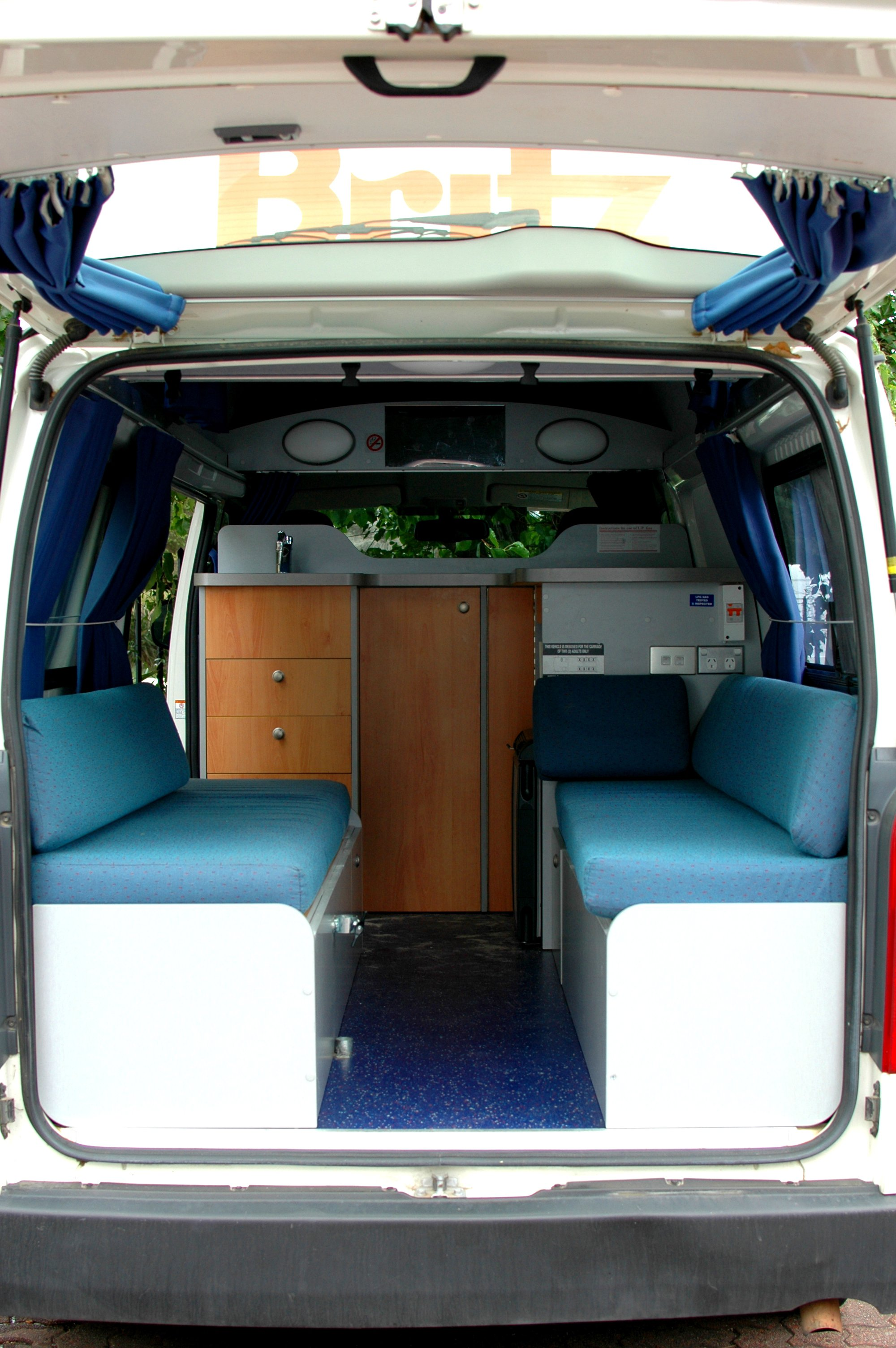 How to Hire a Campervan in Australia for $1 a Day